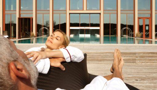 Sonnen am Pool