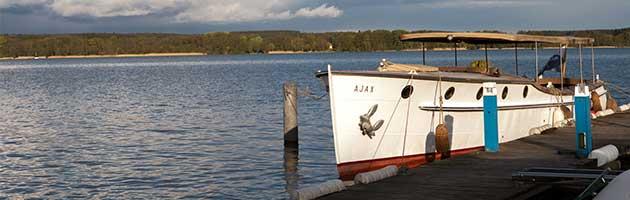 Scharmützelsee Boot am Pier