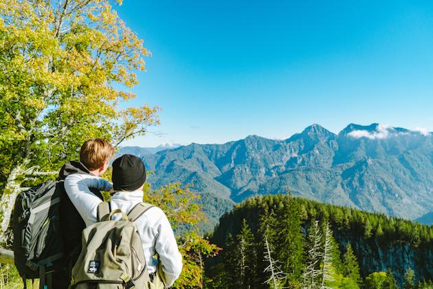 Ruhpolding Paar Bergpanorama